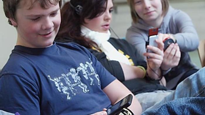 Handyverbot in der Schule © A. Bubrowski/CJD-UPDATE 2010