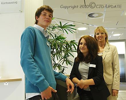 Julian, Anna-Katharina und Betreuerin Anette Becker