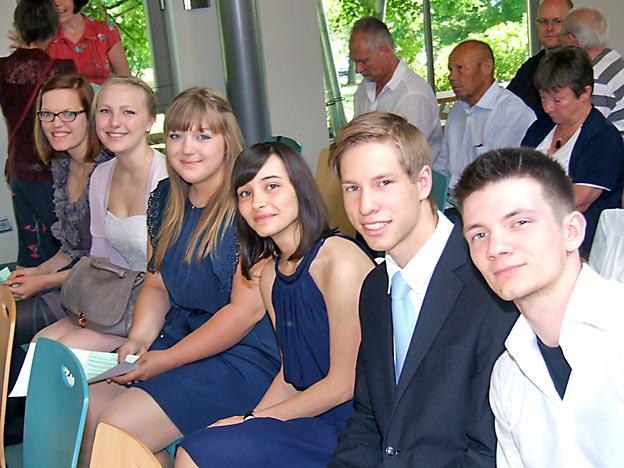 Schüler des Abiturjahrgangs 2013. Bild: DREMO/CJD Oberurff