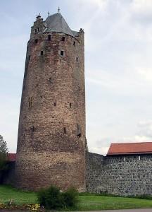 Der Graue Turm, Fritzlar. Foto: Doris Antony, Berlin