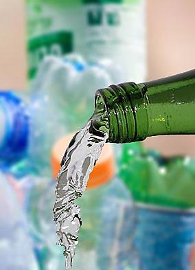 Glas- anstelle von PET-Flaschen?Bild: Jonas Neumann/CJD Oberurff