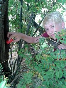 Justus hat einen Cache gefunden.Foto: BUB/CJD Oberurff