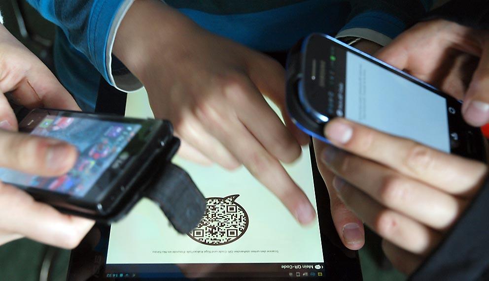 Instant Messenger-Systeme sind für Jugendliche wichtigste Apps.
