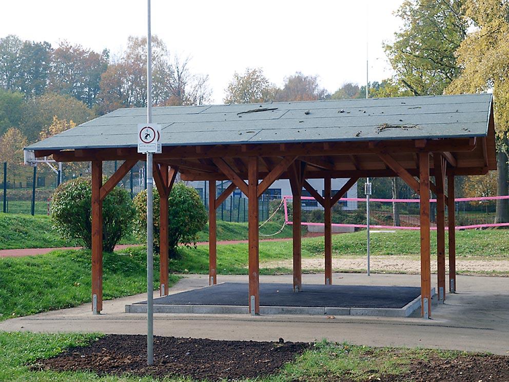 Neue Buswartehäuser mit Blitzschutz