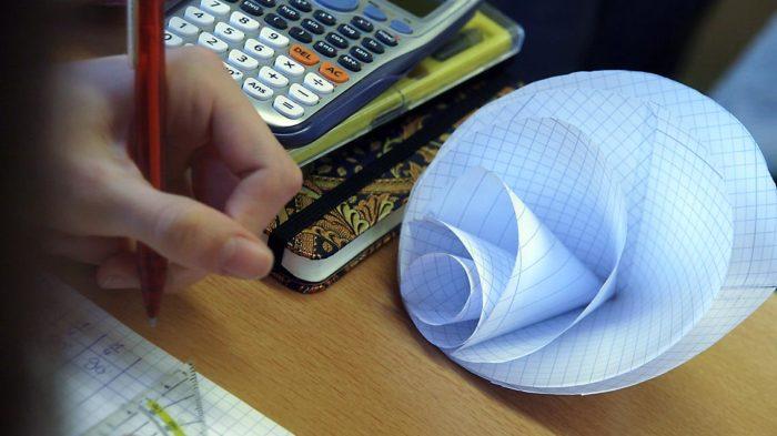 Kegel selbst gemacht - Gesetze zur Berechnung selbst herausfinden. Bild: A. Bubrowski/CJD Oberurff