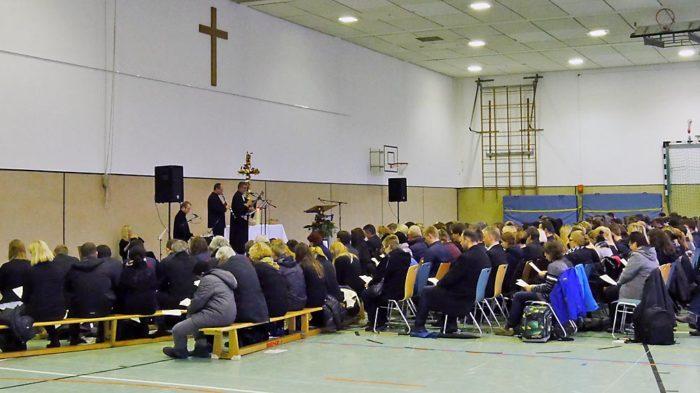 Schulgemeinschaft trauert um Reiner Strauß. Foto: BUB
