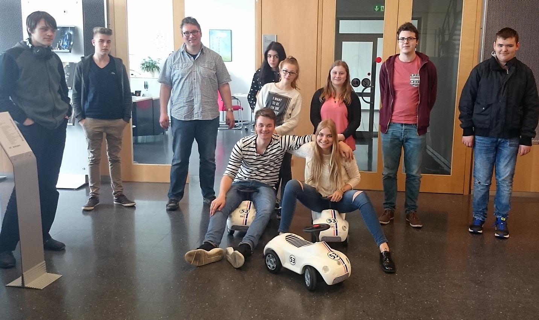 Schüler der Kultur AG besichtigen VW-Werk Baunatal. Foto: privat