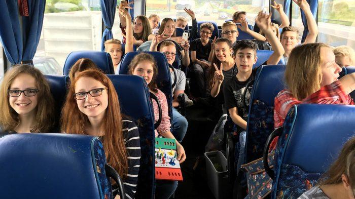 Auf dem Weg nach Frankfurt. Trotz Stau blieb die Stimmung gut | Bild: Andreas Bubrowski/CJD Oberurff