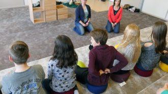 Meditationsversuch | Bild: Andreas Bubrowski/CJD Oberurff