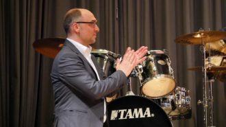 Christoph Heimbucher, Chor- & Orchesterleiter | Bild: Andreas Bubrowski/CJD Oberurff