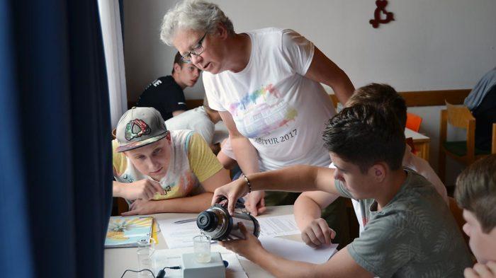 Chemieprojekt mit Eva Friedrich | Foto: Imke Krüger/CJD Oberurff