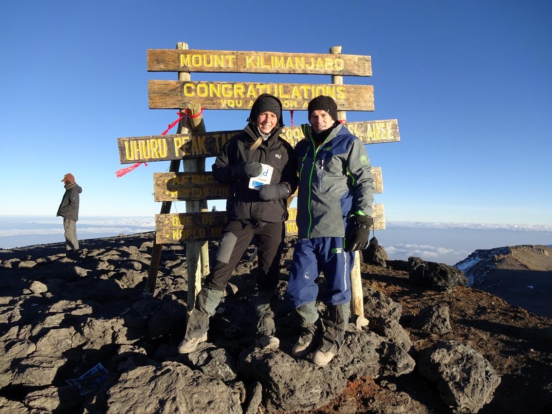 Unsere Biolehrerin Elena Röse auf dem Kilimandscharo | Foto: privat