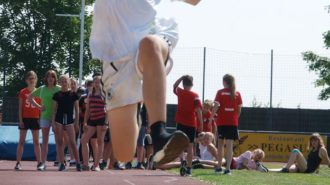 Bundesjugendspiele - Im Anflug II   Foto: A. Bubrowski/CJD Oberurff
