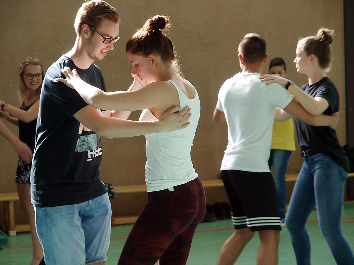 Jahrgangsstufe 13 bittet zum Tanz | Foto: A. Bubrowski/CJD Oberurff