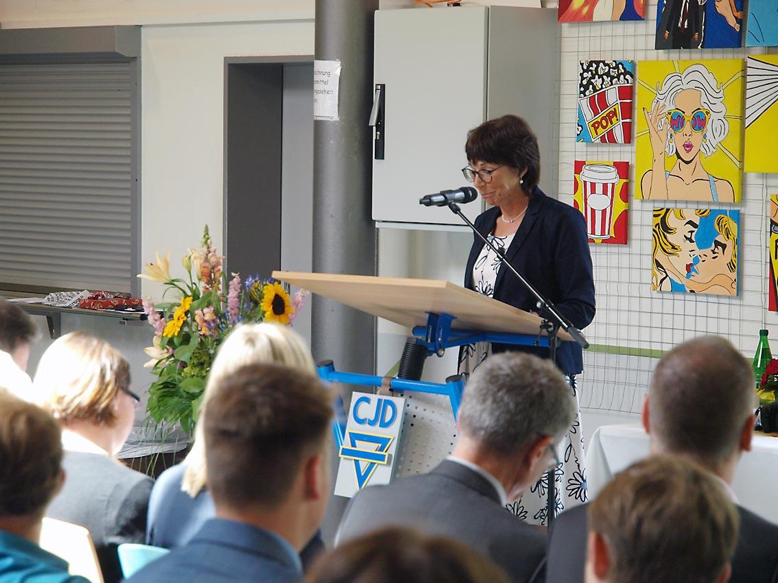 Klassenlehrerin 10c: Eike-Christa Willius-Herbold | Foto: A. Bubrowski/CJD Oberurff