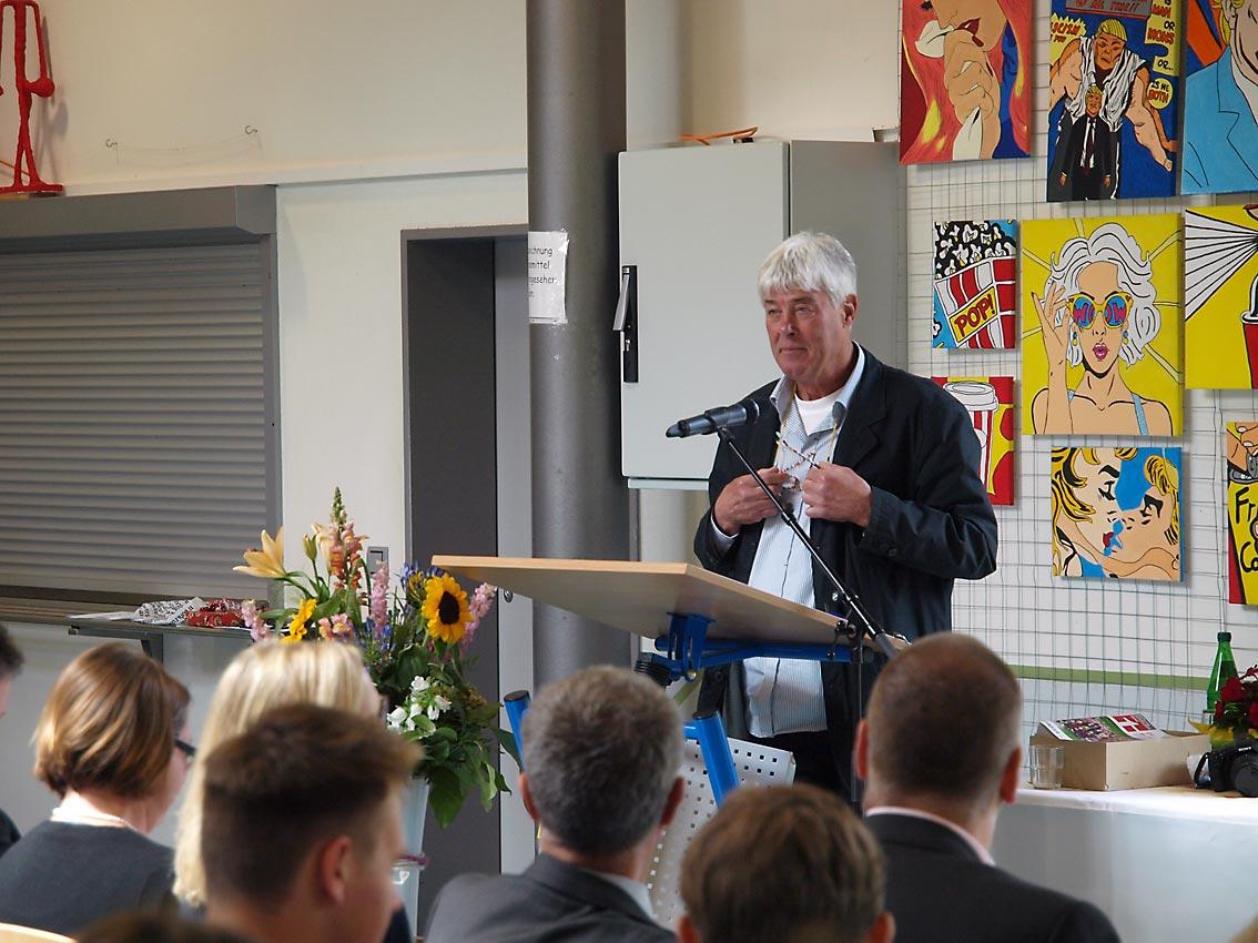 Klassenlehrer 10g: Karl-Otto Barthelmey | Foto: A. Bubrowski/CJD Oberurff