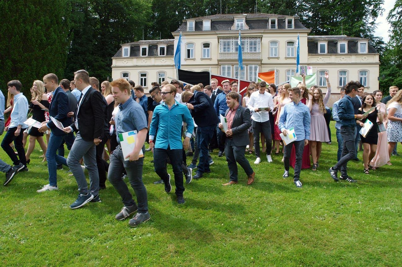 Mittlere Reife 2018: Absolventen der Realschule brechen auf | Foto: A. Bubrowski/CJD Oberurff