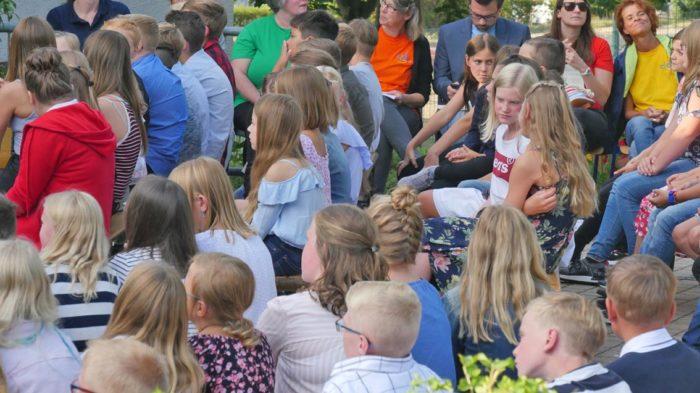 Die neuen Fünftklässler warten gespannt | Foto: A. Bubrowski/CJD Oberurff